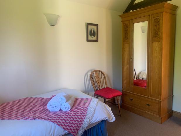 Twin-Single Bedroom