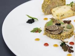 Terrina di foie gras al Porto, perlage al tartufo nero, malvasia, pan brioche all'anice