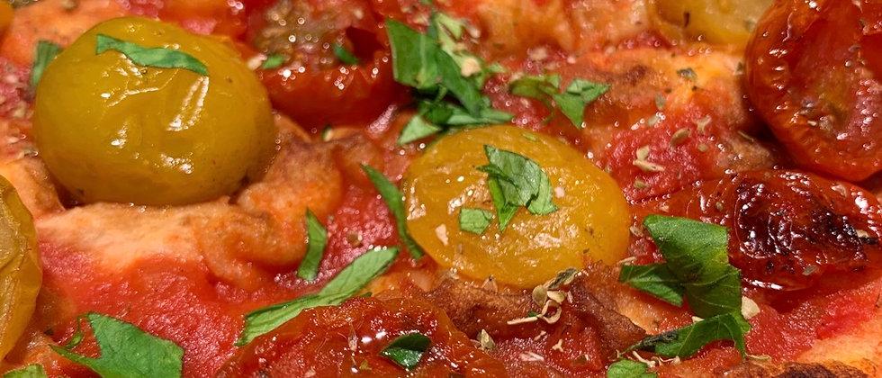 TRE POM: Salsa di pomodoro, pomodorini gialli, pomodori semidry Rossi, origano