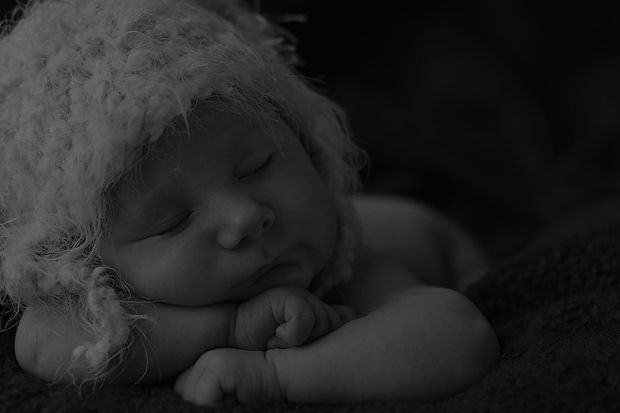 Newborn Baby Sleeping_edited_edited.jpg