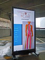 Mobile screen advertising