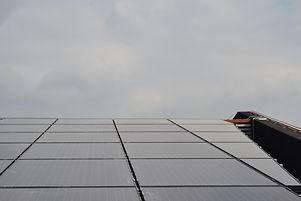 Noord-Holland_Zon_solar_bear_light