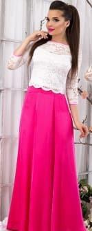 Костюм с розовой юбкой