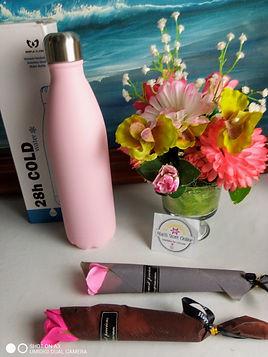 flask gift set1.jpg
