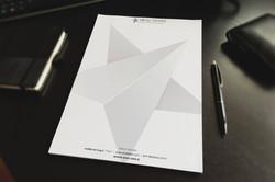 ניר דובדבני. עיצוב ניירת חברה