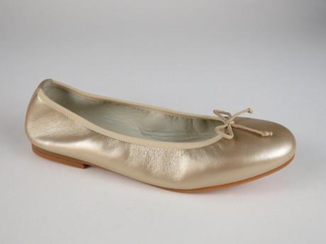 1536 Gold Leath sizes 30-41 $140-148.JPG