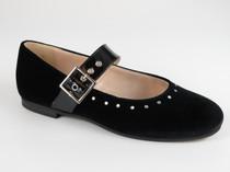 1071 black Velvet. Sizes 28-40. Price �1