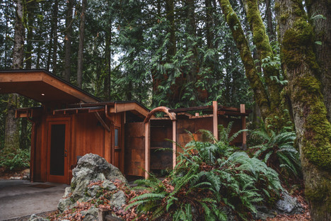 bathhouse exterior