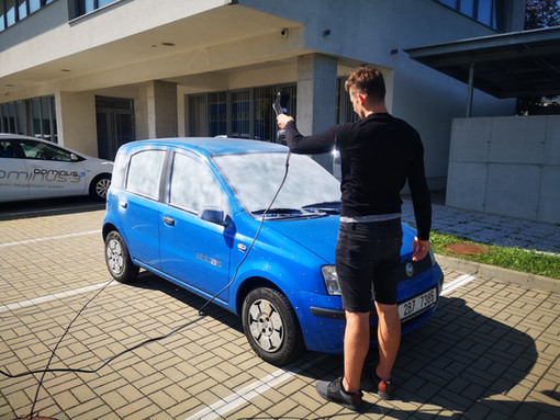 HOW TO SCAN A CAR WITH LASER 3D SCANNER - Fiat Panda 3D scanning with photogrammetry