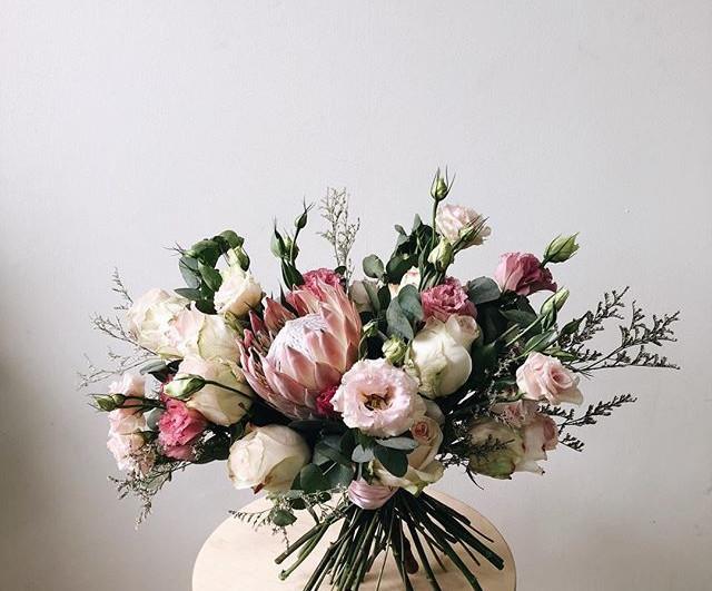 To our rustic, feminine, happy bride 👰�