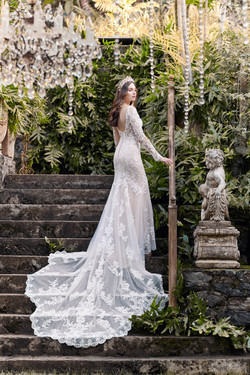 High - Maggie-Sottero-Lydia-Anne-20MS697LT-PROMO2-ND-Uncropped.jpg