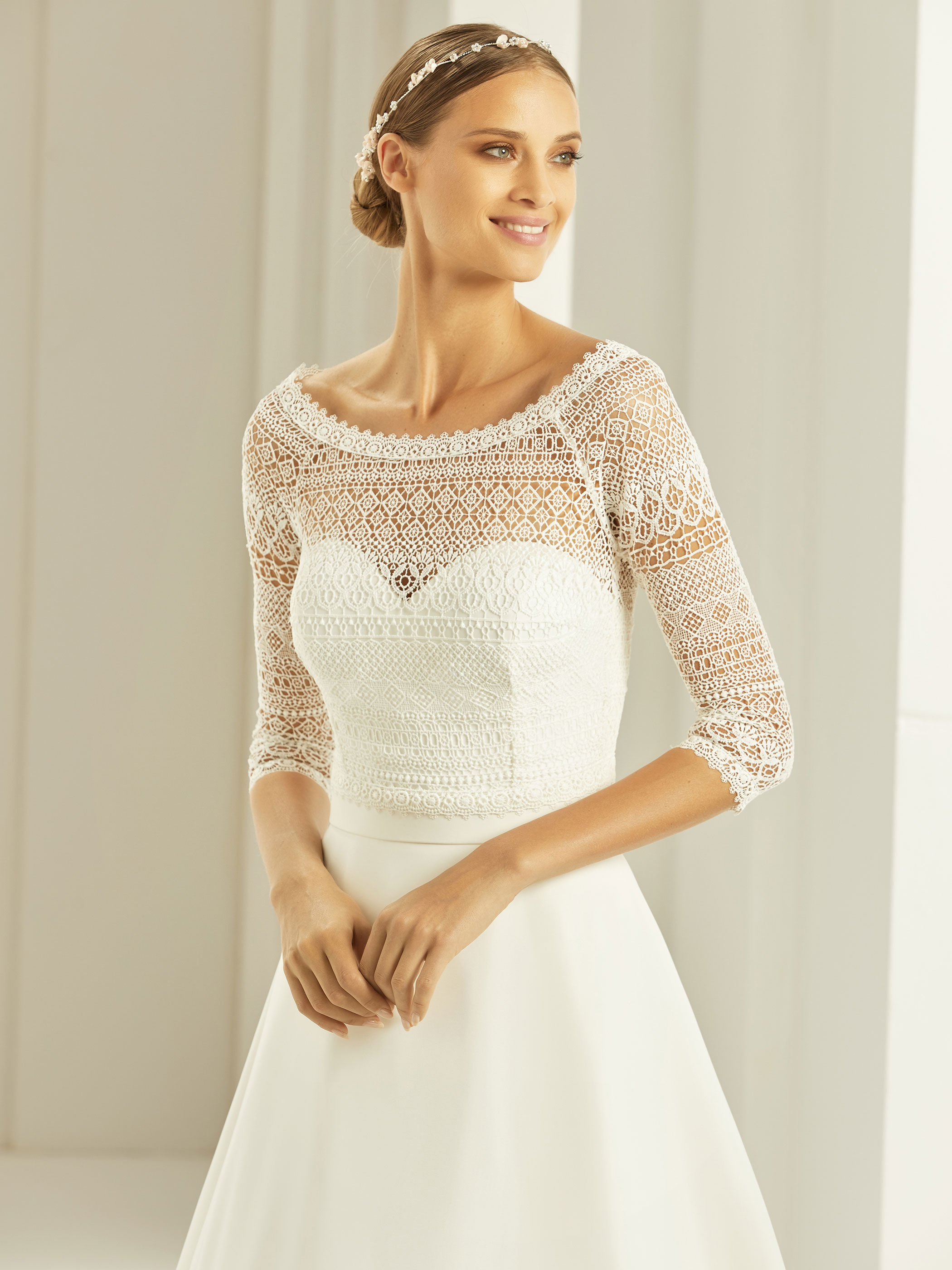 bianco-evento-bridal-bolero-e280-_1__2.j