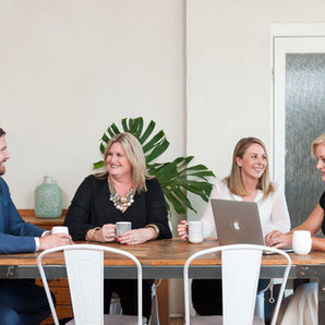 Real Estate Sales Team m