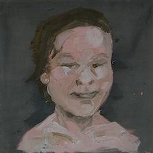retrato-rosa-con-fondo-gris