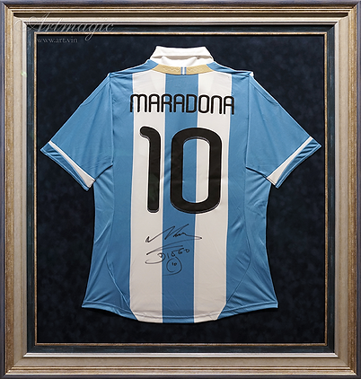 Футболка Марадоны | звезда футбола | футбол | Диего Марадона | номер 10 | Maradona | football | автограф звезды | FIFA | artmagic | art.vin | Артмагия
