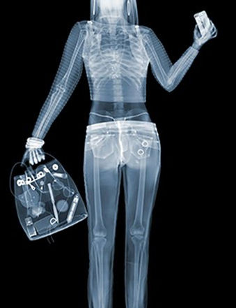 Девушка | Girl | Ник Визи | Nick Veasey | Cuite | Милашки | art.vin | Artmagic | Артмагия