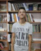 photo5199722214855911912_edited.jpg