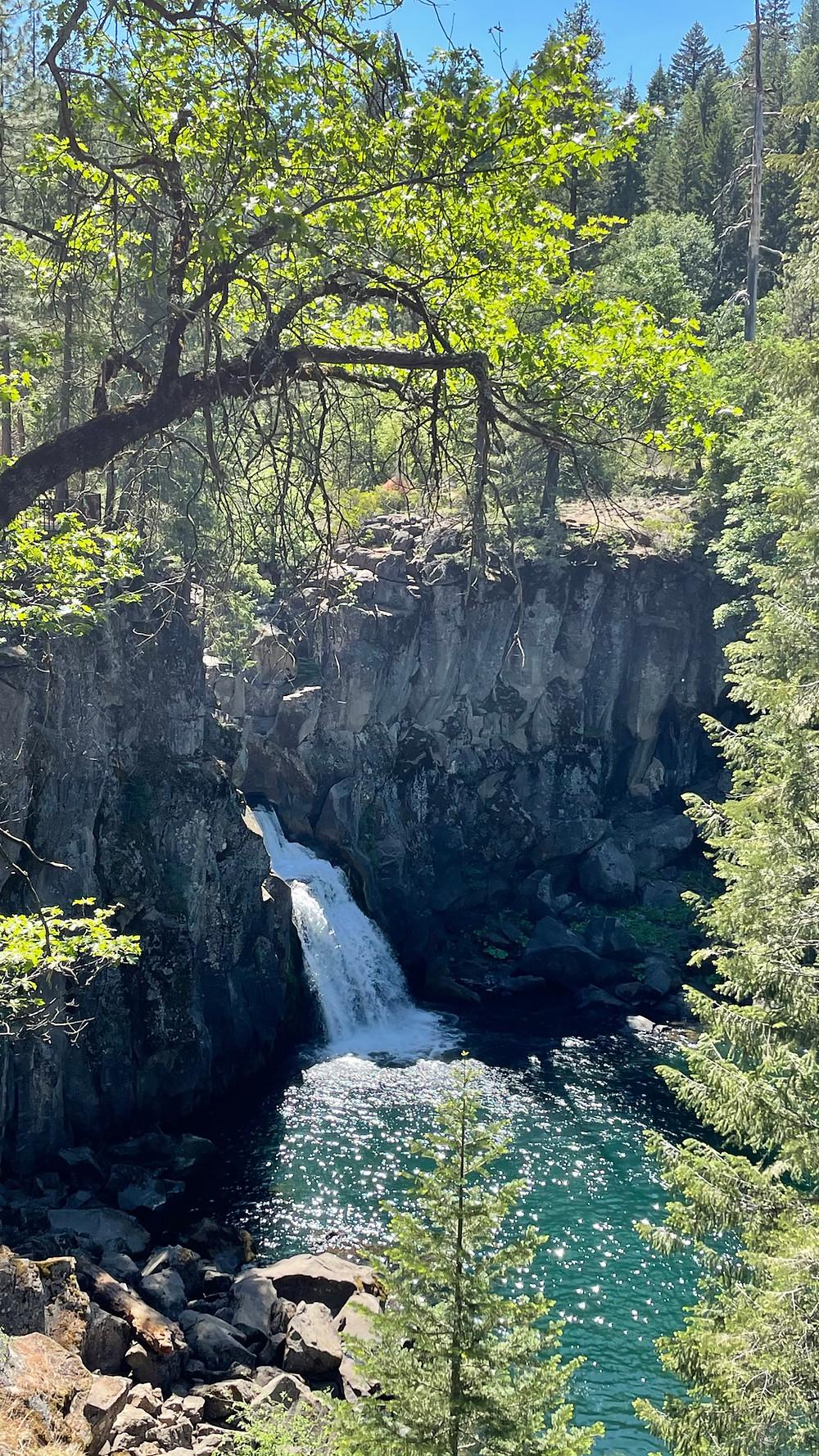 Sherwin Lakes Trail
