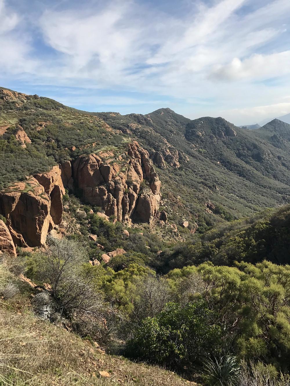 sandstone peak hike