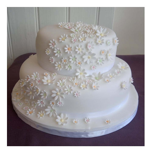 Delicious 5 Pound Vanilla Cake With Fondant Flowers