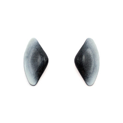 White-Black Tail S Earrings
