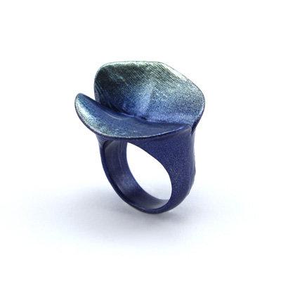 Blue-Green Lifelike Ring