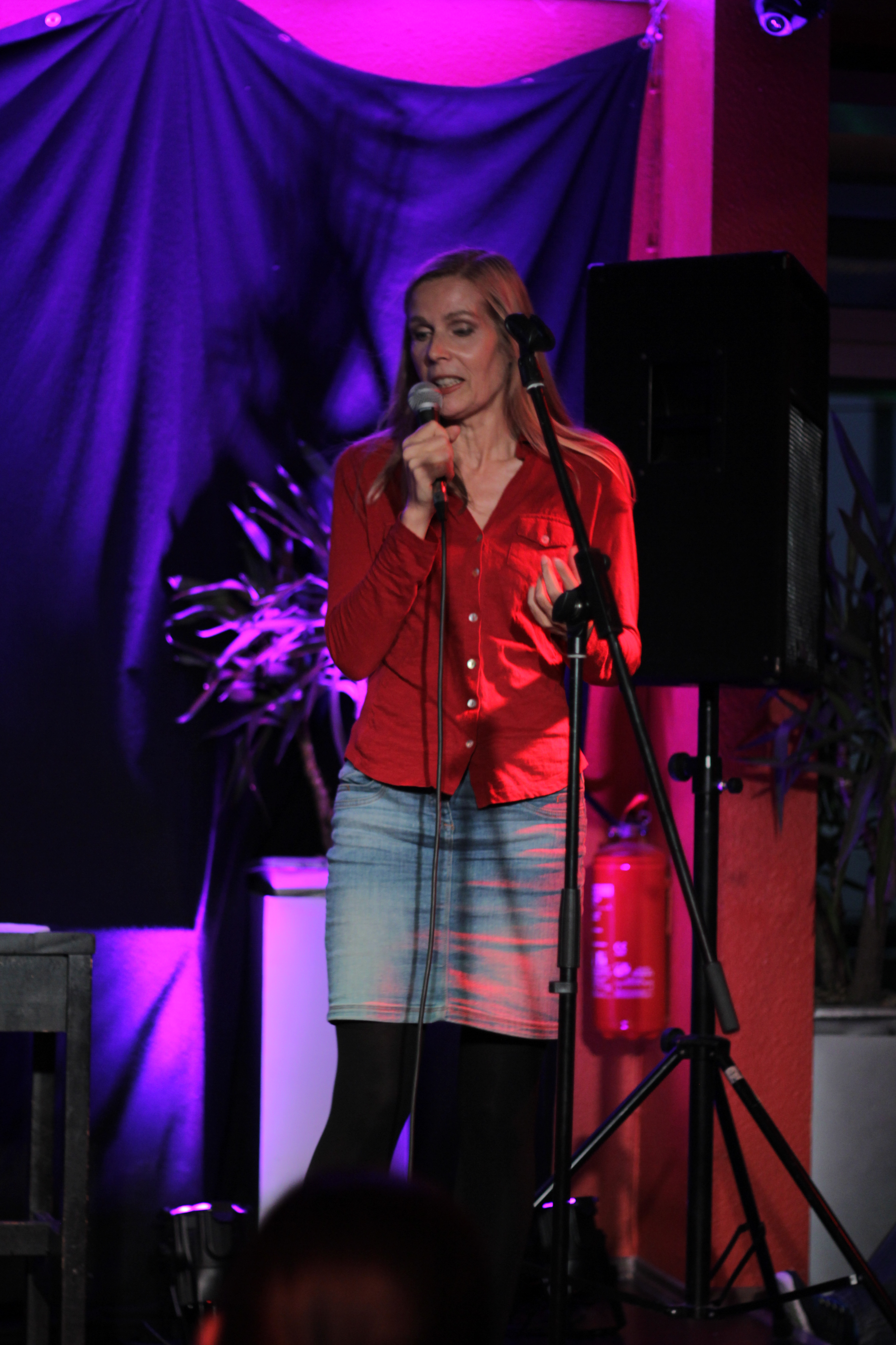 Vera Mickenbecker Comedy Stand Up BK