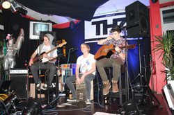 Unplugged-2211-THNumber74-wheres-the-grace-33