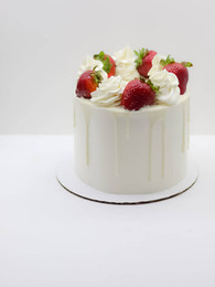 Vanilla Strawberry with glazed strawberries