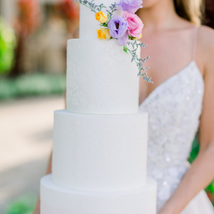 How to transition from making Celebration Cakes to Wedding Cakes