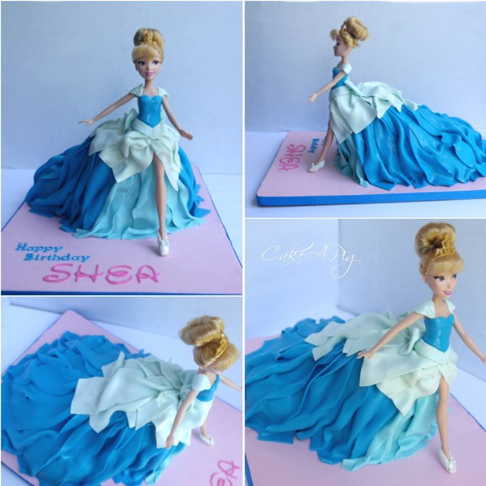 walking cinderella cake