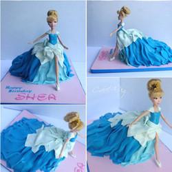 walking cinderella cake