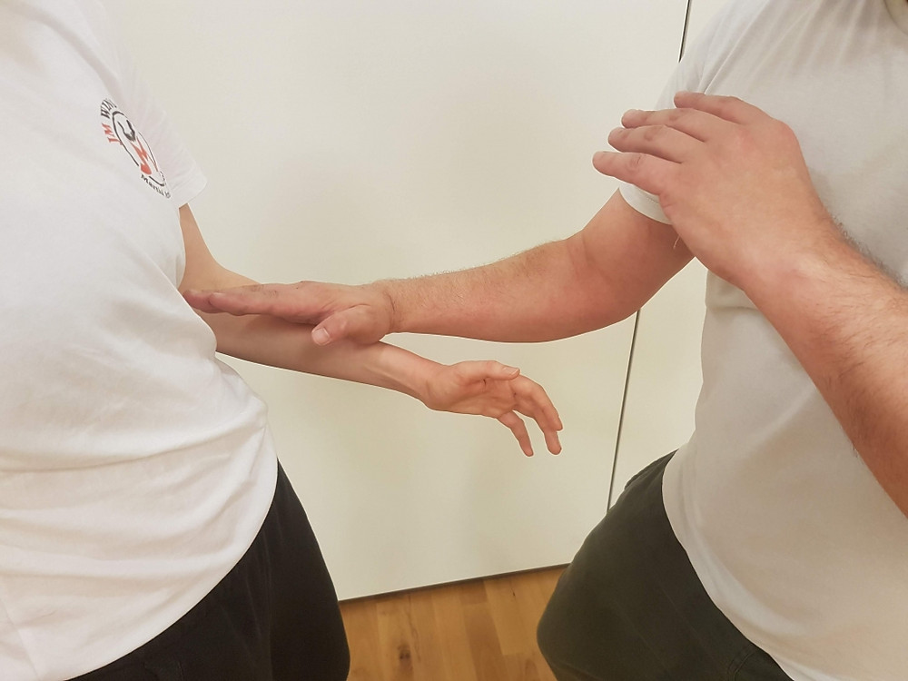 Biu to the body - Wing Chun London