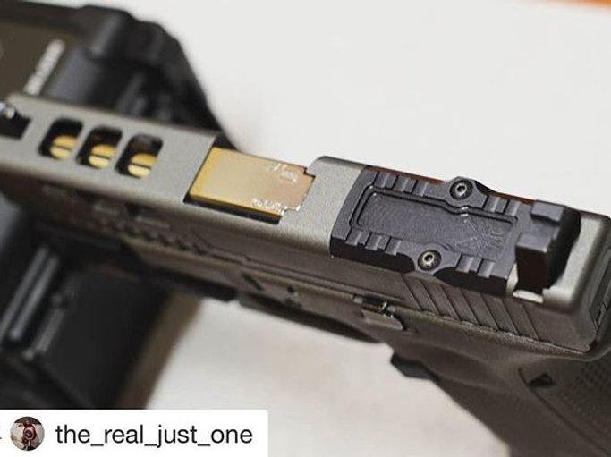 The VOODOO : Glock 17 19