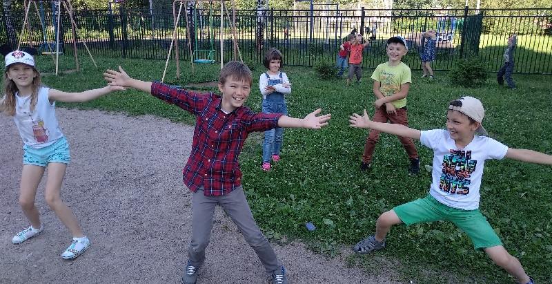Почему стоит ребенка отправить в городской лагерь