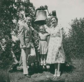 Rev. and Mrs. Harold Devries