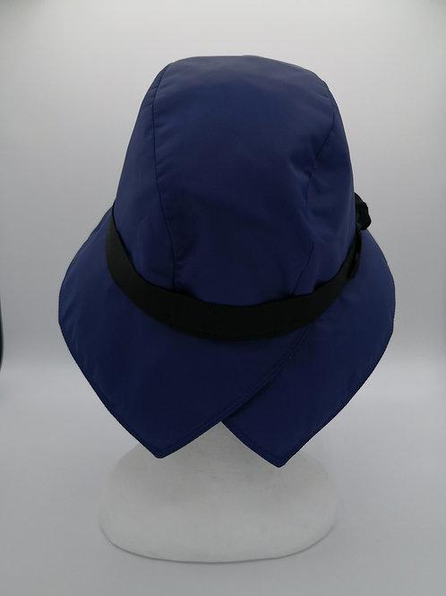 Cappello da pioggia color blu elettrico