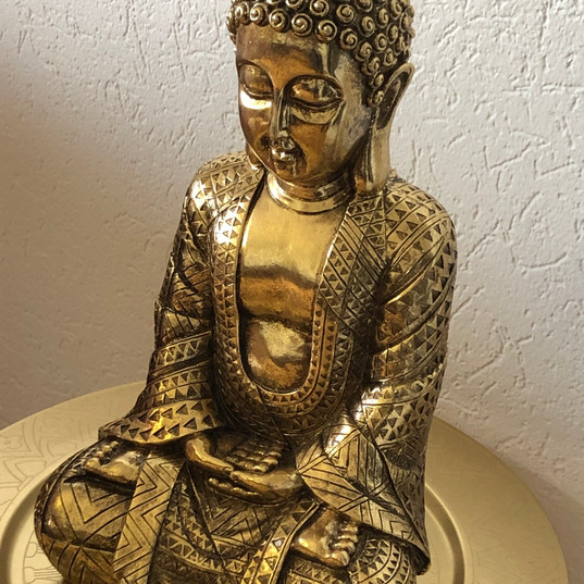 Buddha-Triggerpunktmassage-Sportmassage-Bauchmassage-Colonmassage-Kolonmassage.jpg