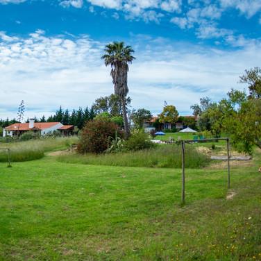 Familienfreundliche-Unterkunft-Ferienhaus-Spielwiese-Fussball-Alentejo-Portugal-Kinder-Familie.jpg