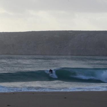 Wellen-Zambujeira-do-Mar-Odeceixe-Costa-Vicentina-Odemira-Surf-Strand-Urlaub-Ferien-Portugal