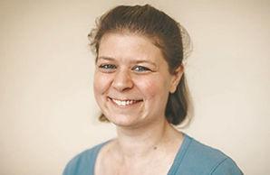 Nina-Hürlimann-diplomierte-Masseurin-ärztlich-anerkannt-Krankenkasse-ASCA-EMR.jpg