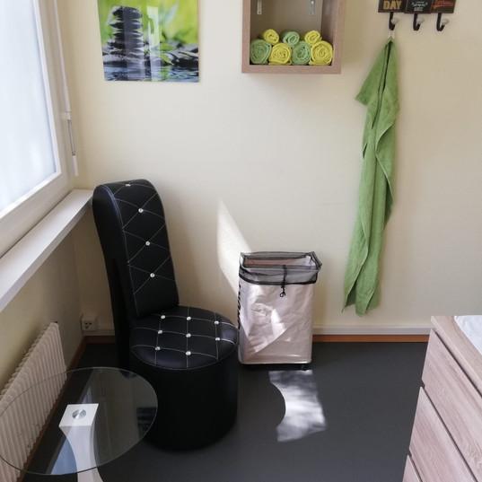 Praxis-Behandlung-Therapie-Massagetherapie-Klassische-Massage-Bern.JPG
