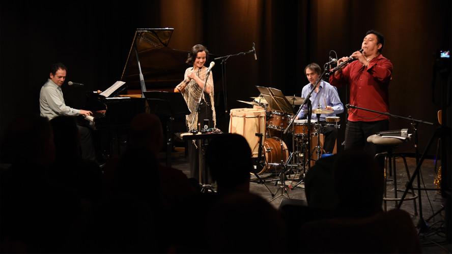 Latin Ensemble - Entremundos in performance