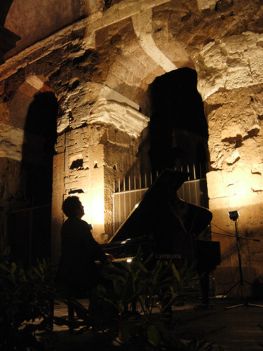 Recital at the Colosseum - Roma state Festival