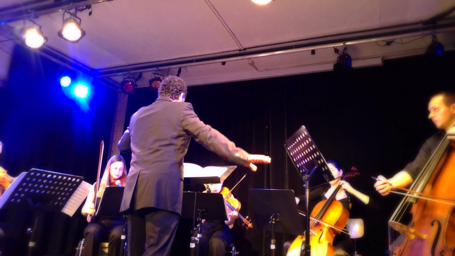 Conducting performance of my String Quintett - Munich Freies Musikzentrum