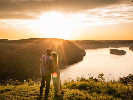 Pinnacle Overlook Engagement | Cody & Cherie