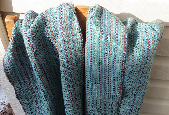 Sinikka - 100% Wool Shawl 2019 IMG_0481