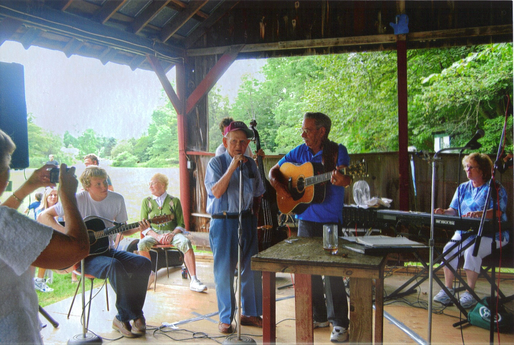 Tinker Hollow Cook Family Music