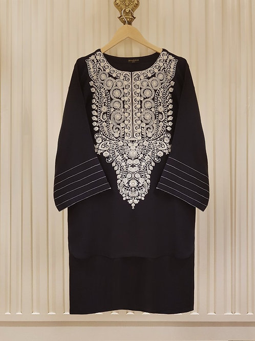 AGHA NOOR Embroidered lawn shirt