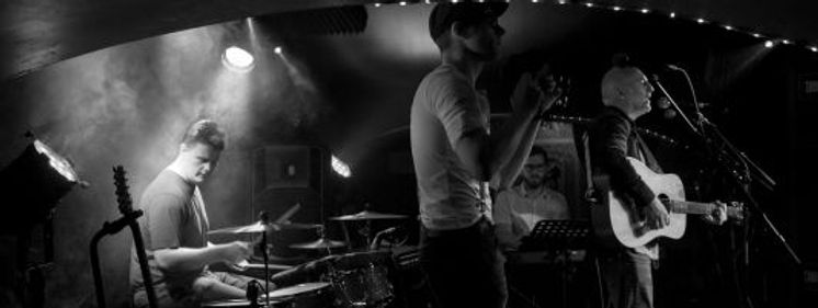 Buzz.Rat.Band.pic.jpg